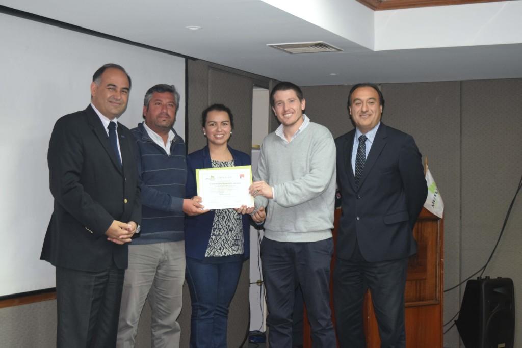 Certificación de Programa empresa de excelencia en nuestra obra Islas del Pacifico, entregada por Mutual de Seguridad