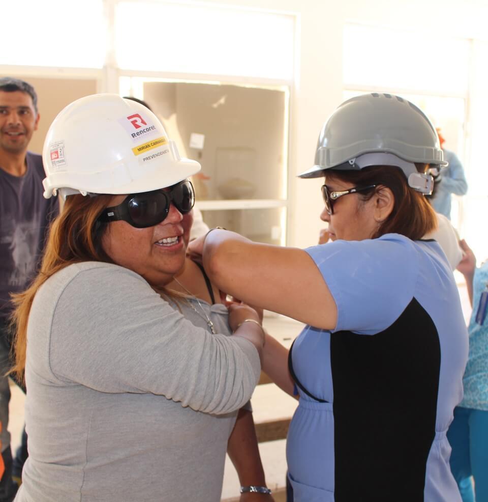 trabajadores-constructora-rencoret-obra-coquimbo-cesfam-el-sauce-vacunacion-influenza12