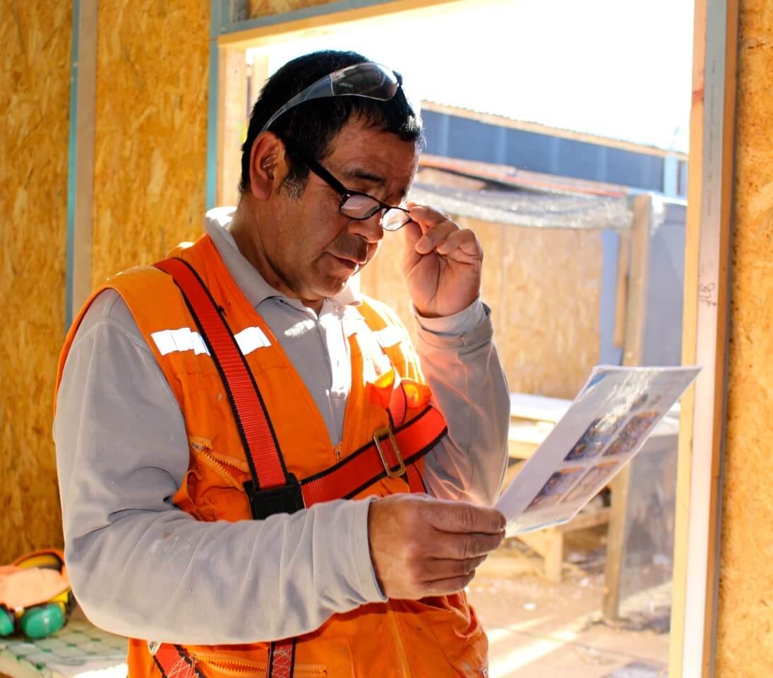 trabajadores-operativo-oftalmológico-en-faena-Coquimbo-La-Serena-constructora-rencoret
