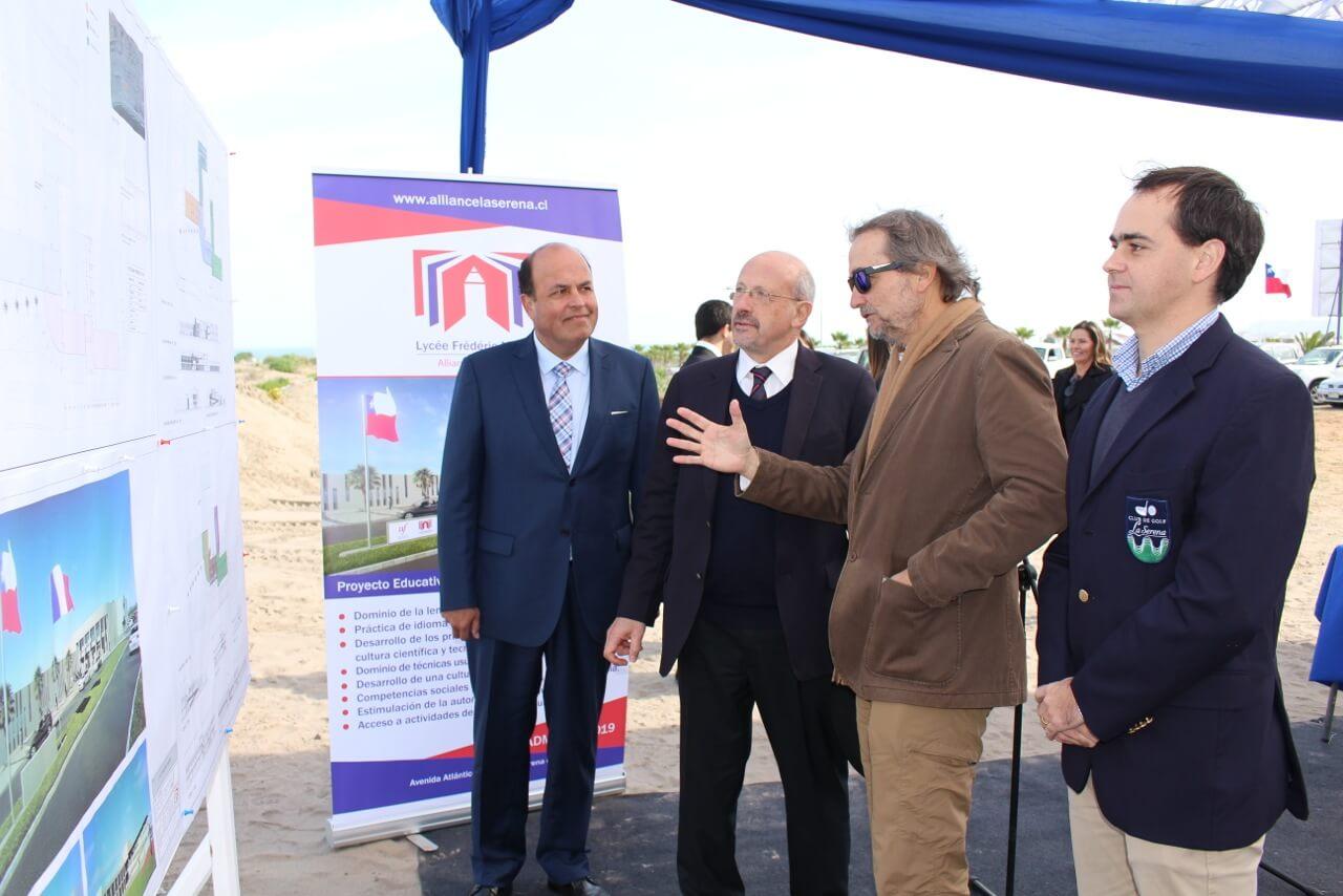 Lanzamiento-Colegio-Alianza-Francesa-en-Serena-Golf-Proyecto-Rencoret-Arquitectos-Construcción-Constructora-Rencoret-Region-de-Coquimbo