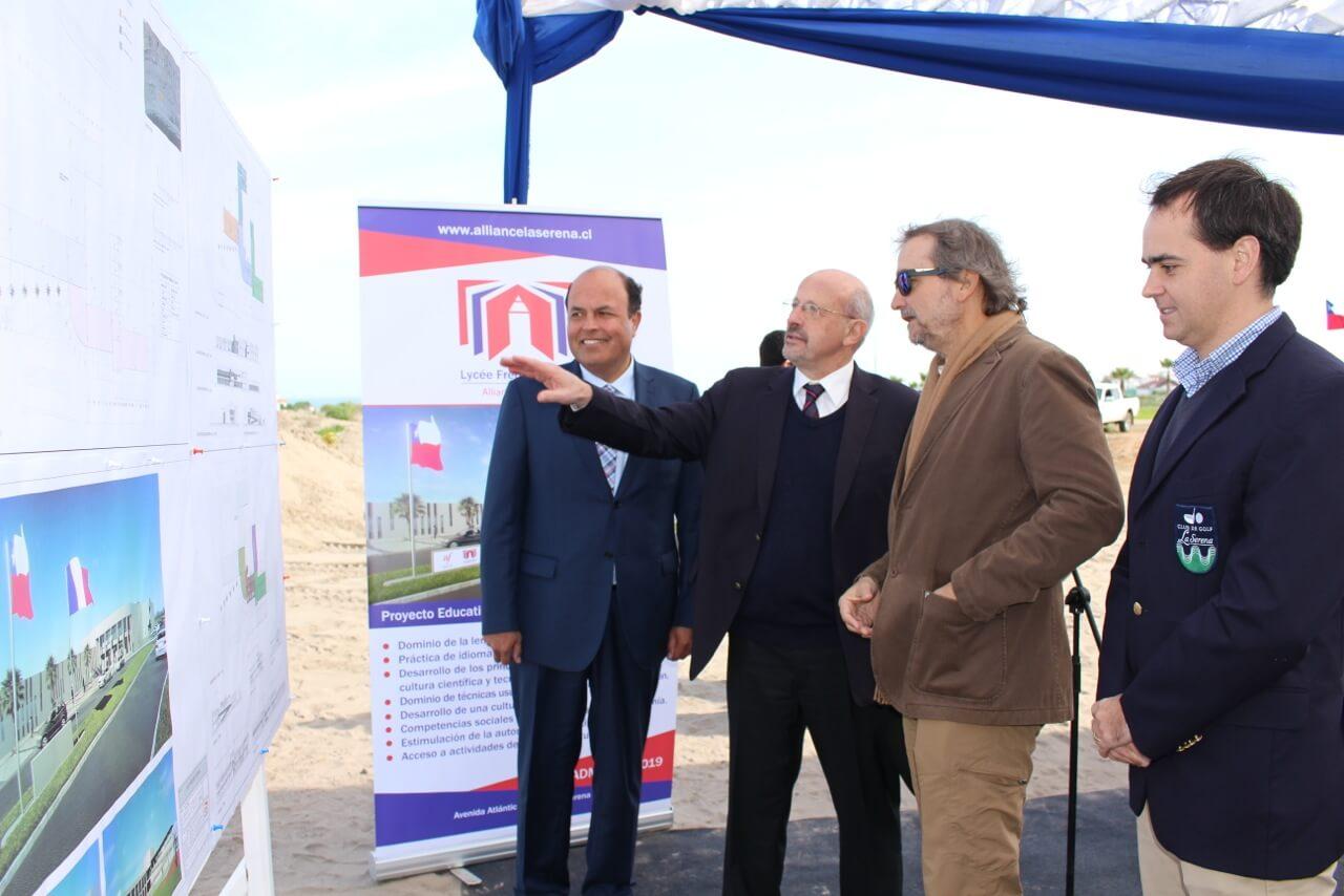 Nuevo-colegio-alianza-francesa-en-serena-golf-proyecto-desarollado-por-rencoret-arquitectos-y-construido-por-constructora-rencoret