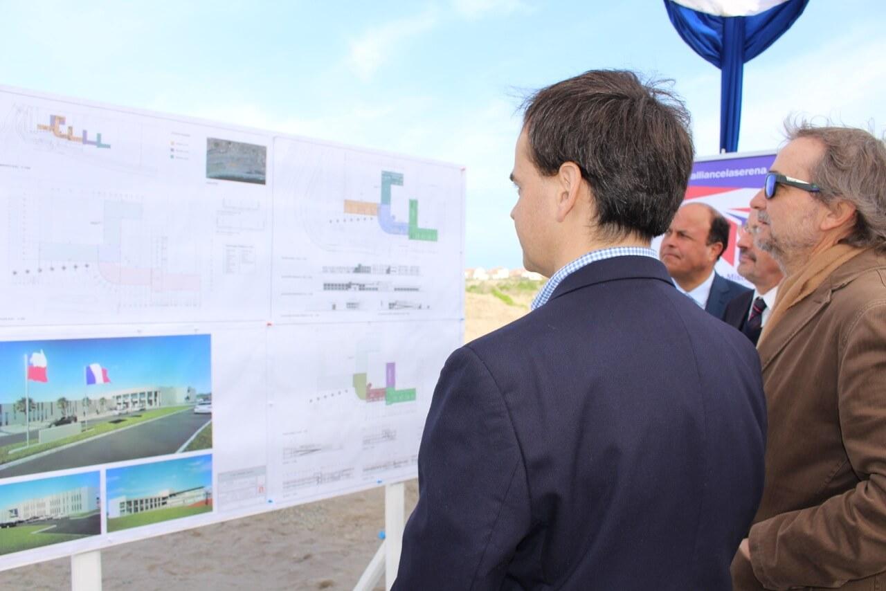 lanzamiento-del-primer-colegio-alianza-francesa-en-el-norte-de-Chile-La-Serena-Región-de-Coquimbo-Rencoret-Arquitectos