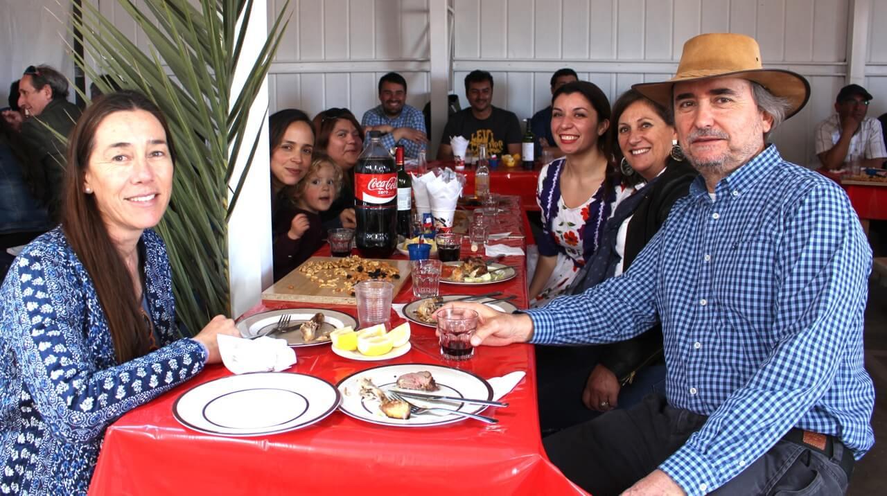 Fonda-La-Rencorosa-colaboradores-de-las-empresas-Rencoret-celebran-el-inicio-de-fiestas-patrias-8