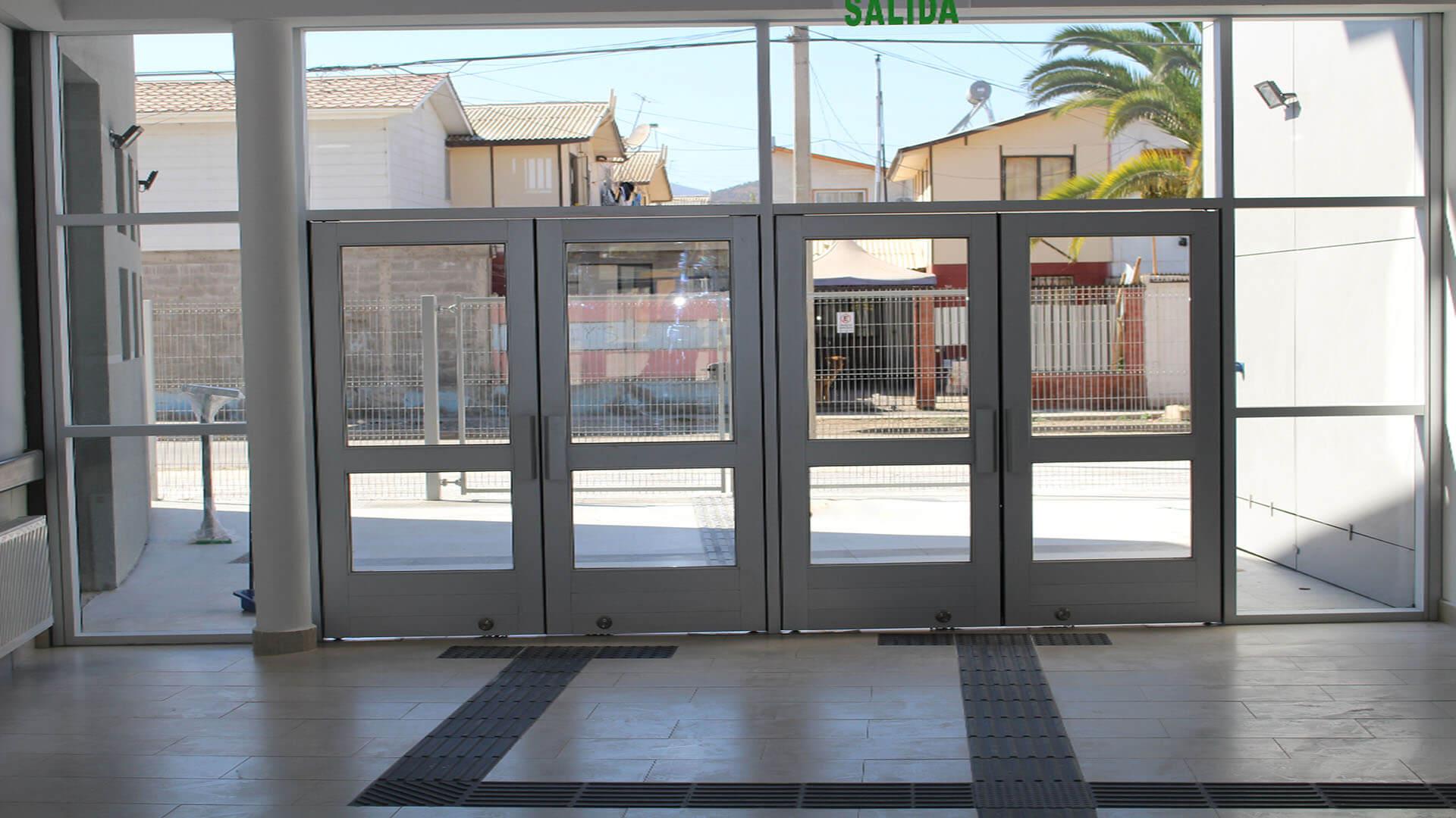 Entrada-Principal-Cesfam-Ovalle-Constructora-Rencoret