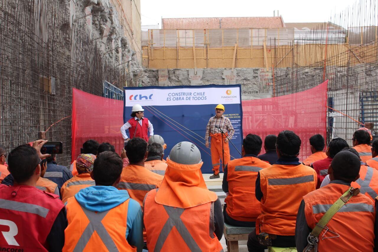 Celebración-Dia-del-trabajador-de-la-construcción-constructora-rencoret-edificio-san-lorenzo-La-serena-2