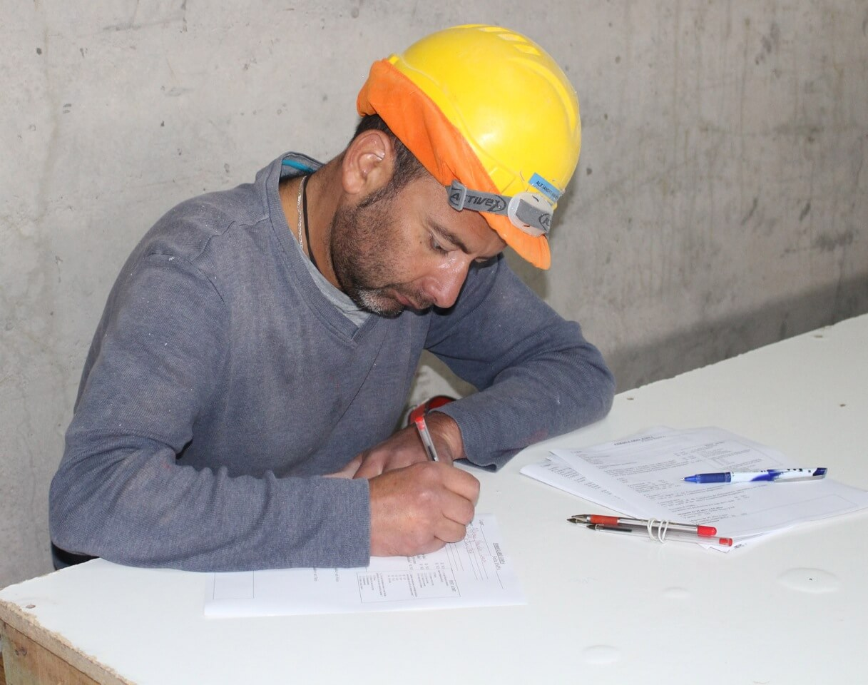EMPA-examen-preventivo-en-obra-alto-miramar-trabajadores-constructora-rencoret-coquimbo