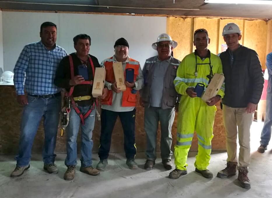 Premiación-Dia-del-trabajador-de-la-construcción-constructora-rencoret-Polideportivo-Las-compañías