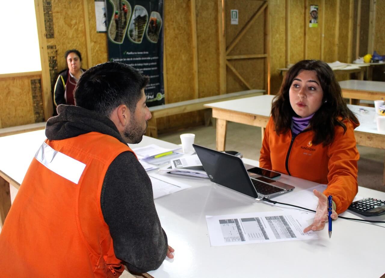 IMGoperativo-social-CCHC-trabajadores-constructora-rencoret-oba-polideportivo-las-compañías-La-Serena
