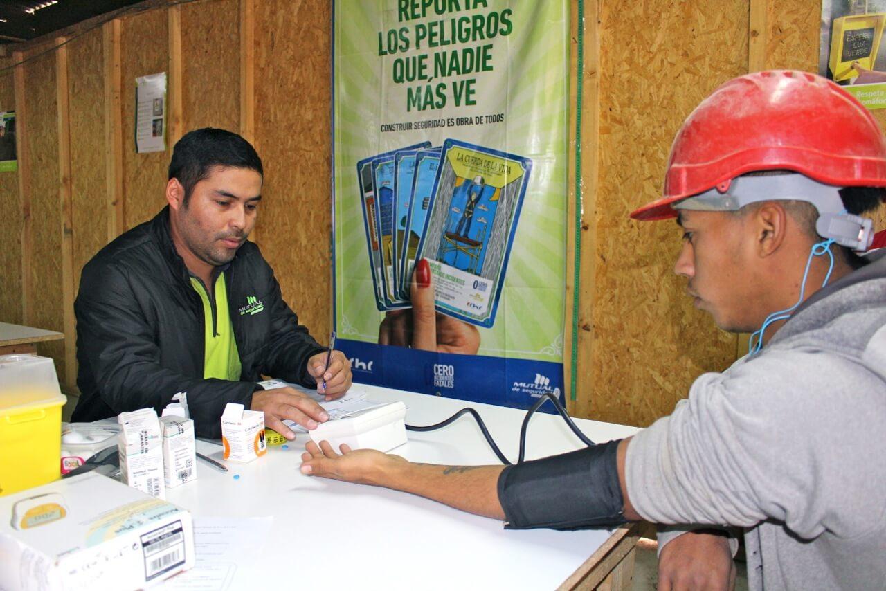 operativo-social-colaboradores-constructora-rencoret-oba-polideportivo-las-compañías-La-Serena