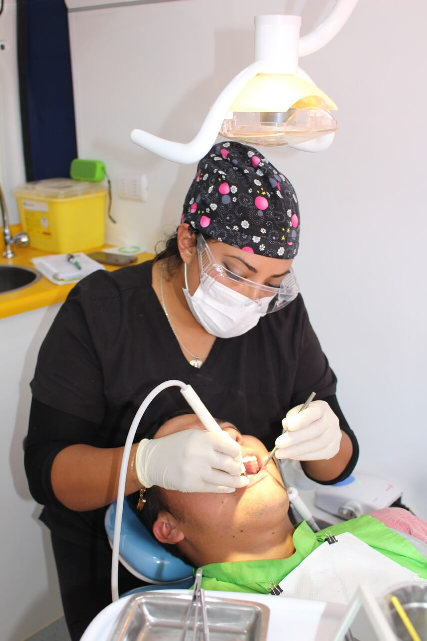 Operativo-dental-en-obra-rencoret-corporación-salud-laboral-CCHC