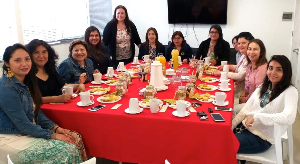 celebracion-dia-de-la-mujer-trabajadoras-constructora-rencoret-oficina-central-Coquimbo