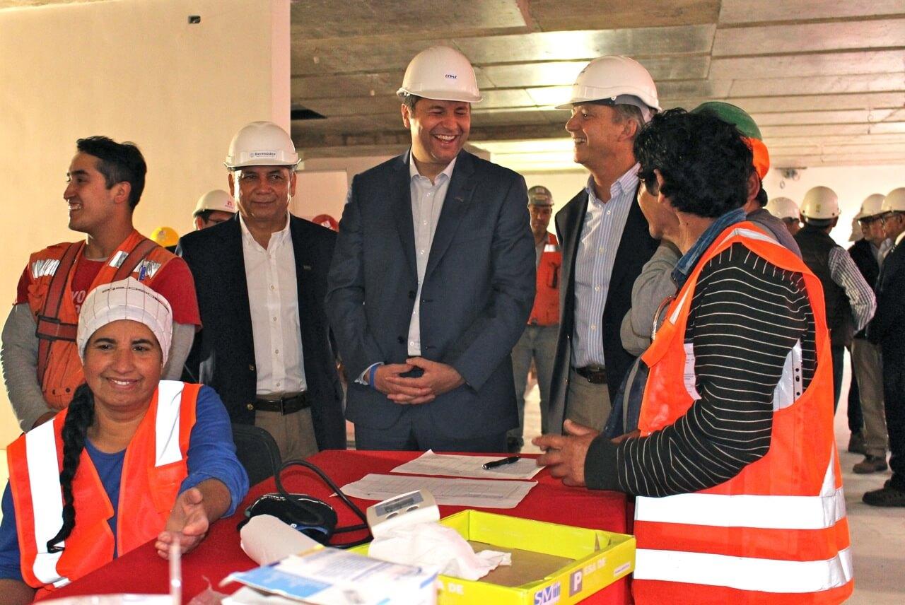 operativo-social-y-Visita-presidente-CCHC-La-Serena-Obra-Constructora-Rencoret-Edificio-San-Lorenzo5