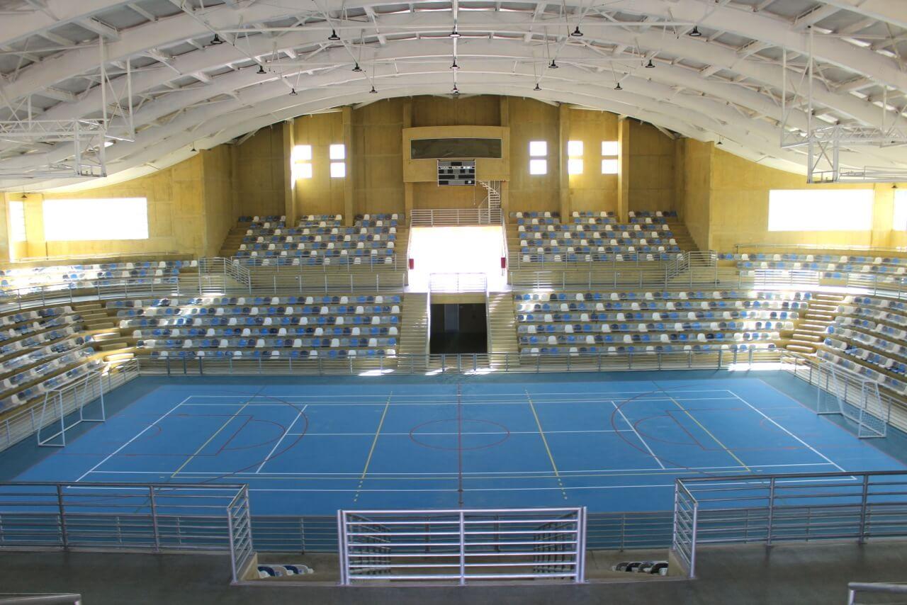 rencoret-finaliza-obra-Polideportivo-en-las-compañías-La-Serena
